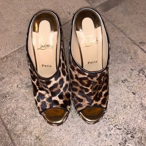 BNWT Authentic Christian Louboutin Wedges